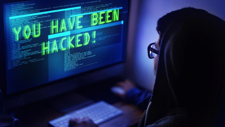 Hackerlar ATM'lere saldırdı!