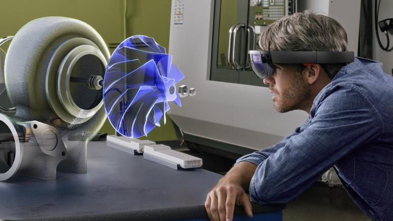 Microsoft Hololens 2 nasıl olacak?