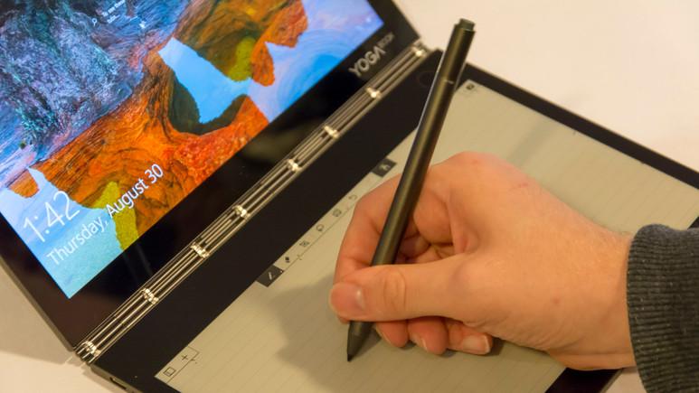 Çift ekranlı ilk bilgisayar: Lenovo Yoga Book C930! (video)