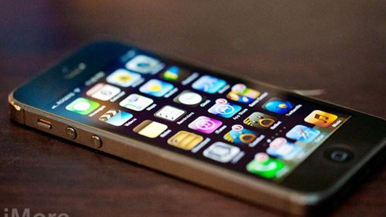 Apple, iPhone 5S'in varlığını istemeyerek işte böyle doğruladı!