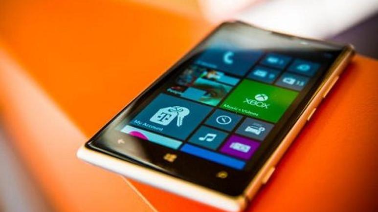 Nokia'nın hedefinde yine Apple var [video]