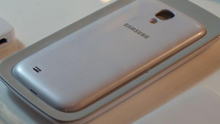 Galaxy S5 Metal mi Olacak?