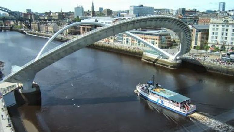 Dünyanın en muhteşem hareketli köprüleri!
