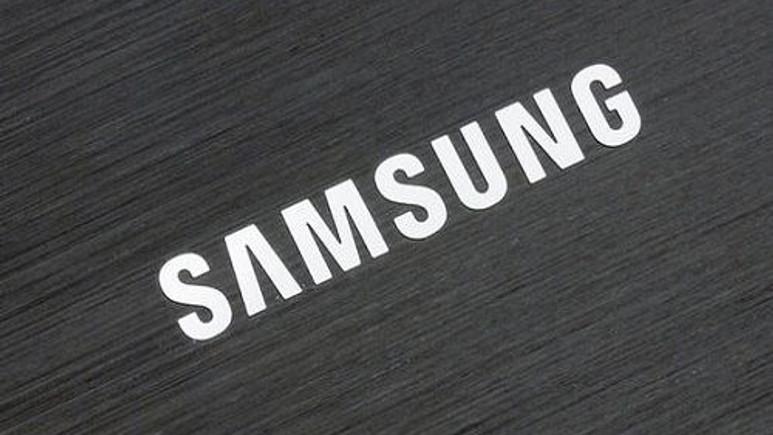 Samsung telefon ve tablet deneyimi sunan cihaz hazırlığında