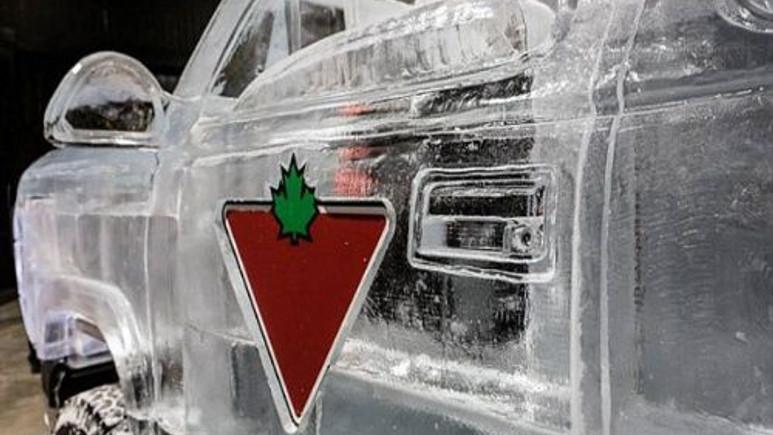 Buzdan kamyonet olur mu? (Video)