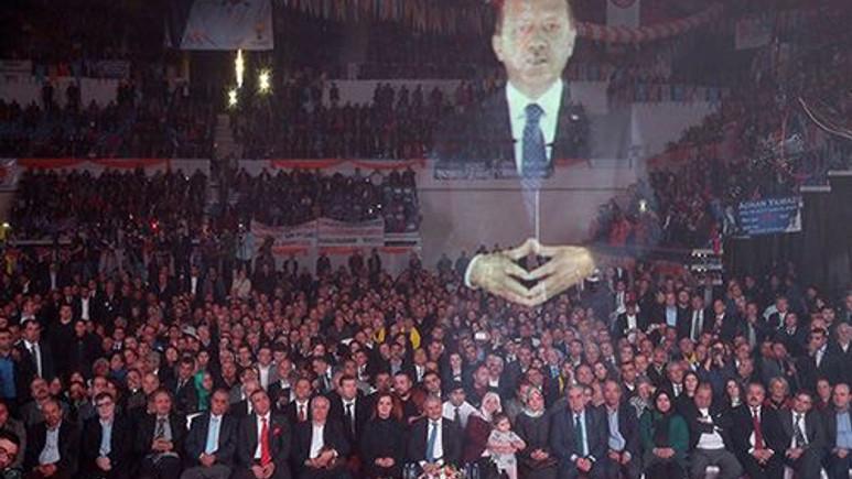 Başbakan Erdoğan'ın Hologram sürprizi dünya gündeminde!