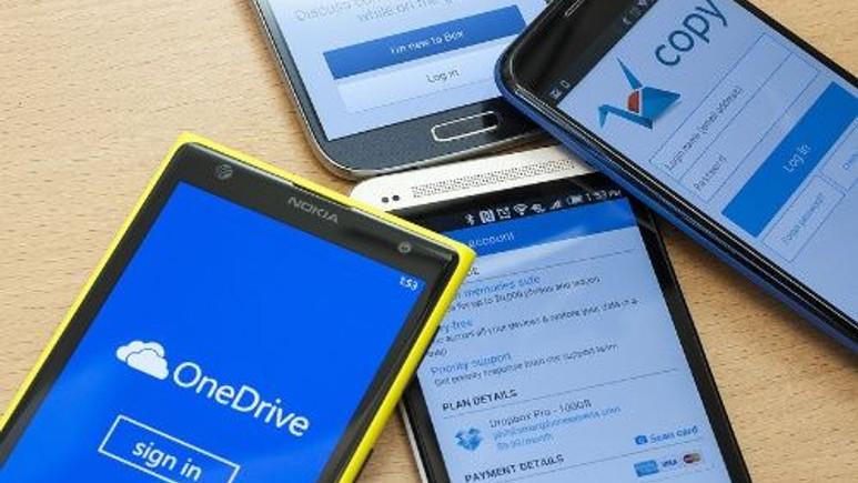 Bu firmaların akıllı telefonlardan kazandığı paralar dudak uçuklatıyor!