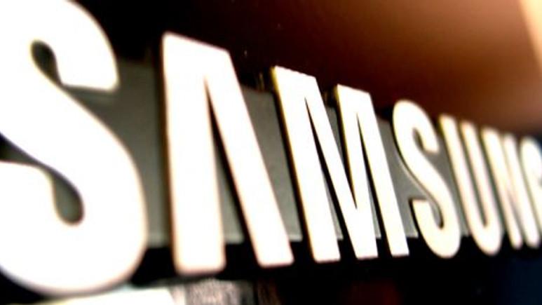 QHD ekranlı, Snapdragon 805'li Samsung akıllı telefon göründü!