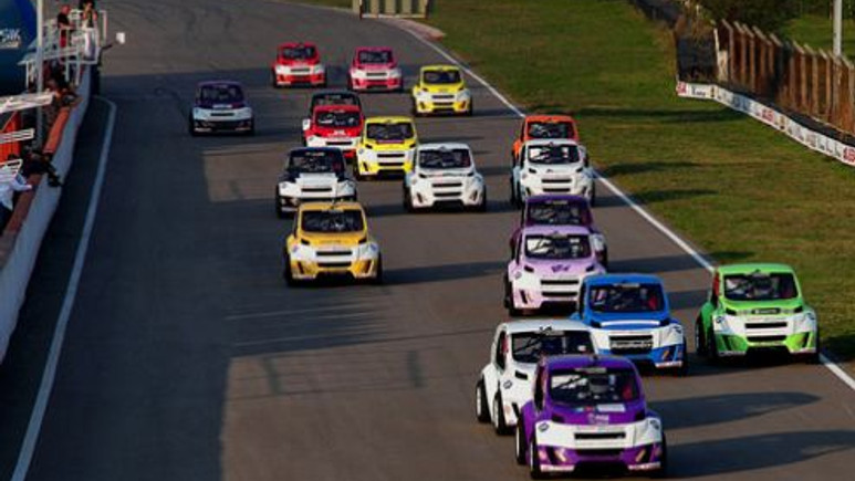 İlk Türk yarış otomobili VOLKICAR, Automechanika'da!