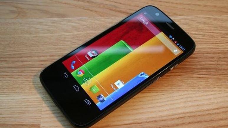 Motorola'dan ince tasarımlı Moto E geliyor
