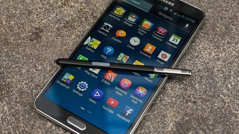 Galaxy Note 3 için Android 4.4.4 güncellemesi başladı