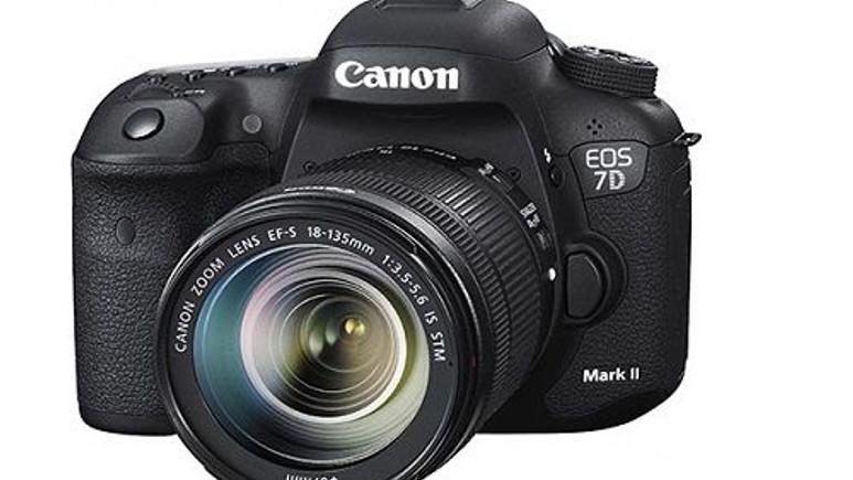 Canon 7D Mark II tanıtım öncesi sızdı