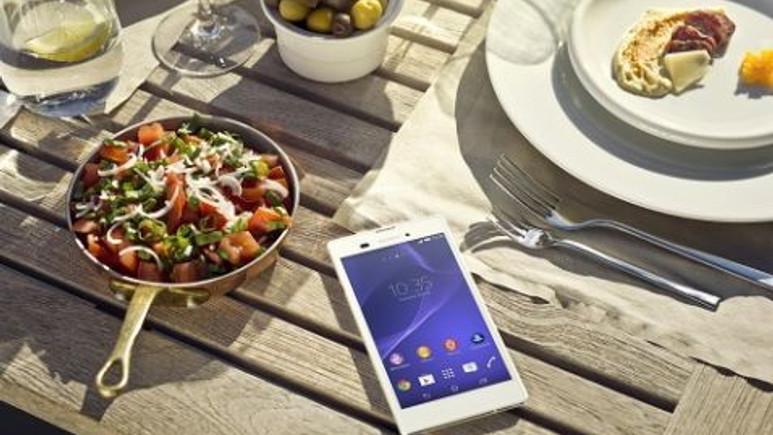 Dünyanın En İnce Akıllı Telefonu Sony Xperia T3 Türkiye'de