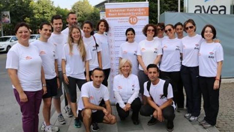 Avealılar Dünya Alzheimer Günü'nde Alzheimer farkındalığı için koştu