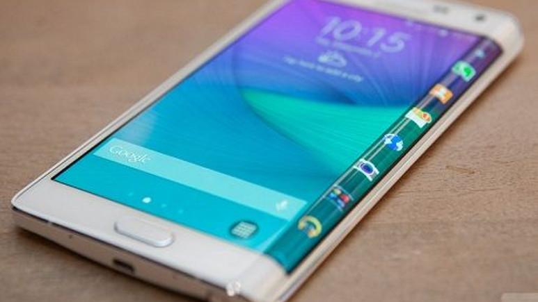 Galaxy Note Edge ön siparişte