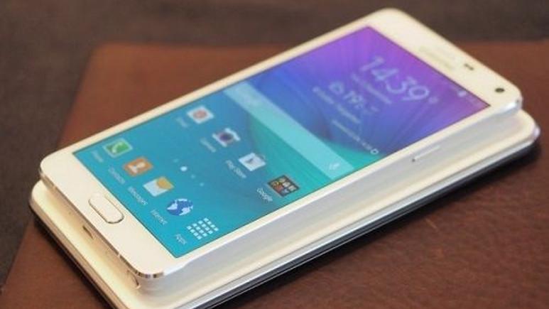 Samsung'a göre Galaxy Note 4'teki boşluk bir sorun oluşturmuyor