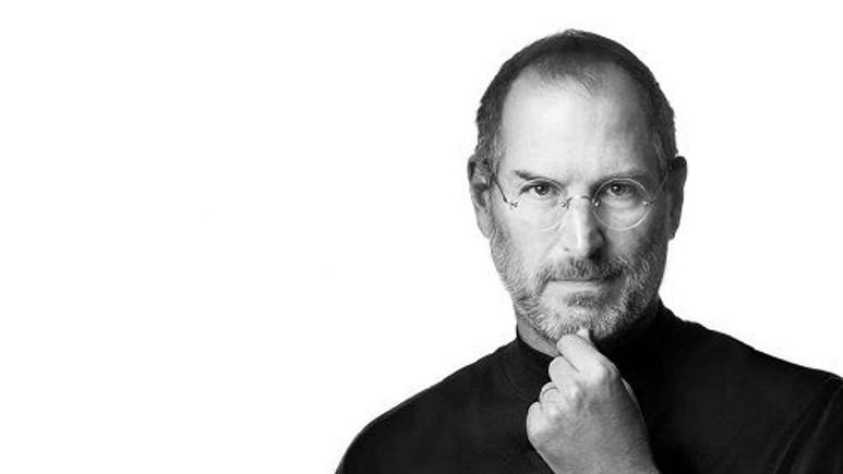 İlk iPhone'u eleştiren gazeteciye Steve Jobs'un cevabı