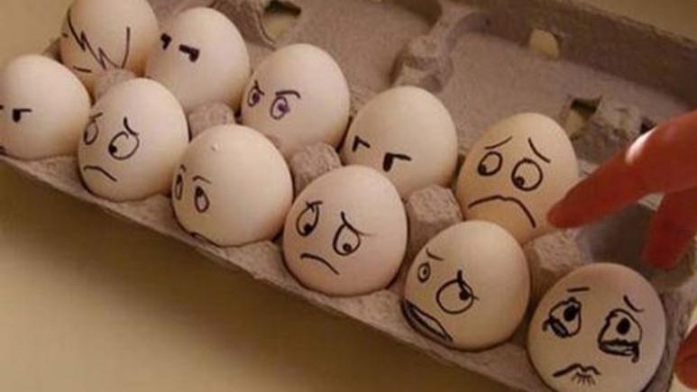 Evinizde yumurta ile yapabileceğiniz 10 bilimsel deney [Video]
