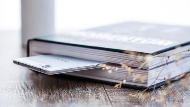 Ultra ince çerçeveli Oppo akıllı telefon sızdırıldı