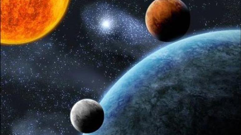 Zamanın geriye doğru aktığı başka bir evren mi var?