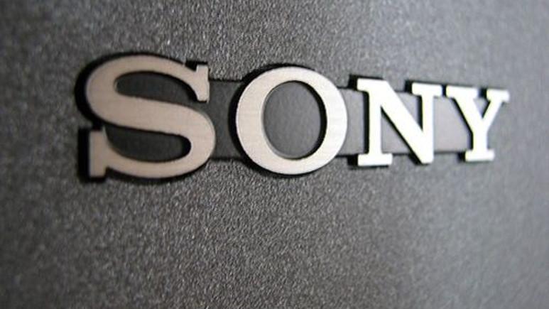 Sony, Twitter'ı mahkemeye vermekle tehdit etti