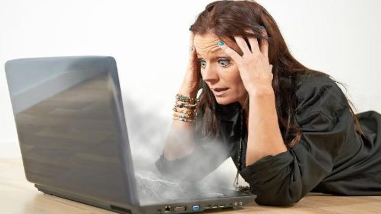 Dizüstü bilgisayarım aşırı ısınıyor ne yapmalıyım?