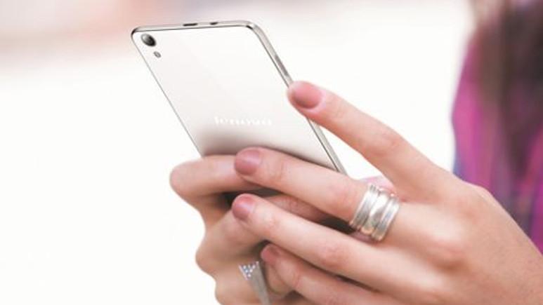 Lenovo, P1'in mini modelini hazırlıyor