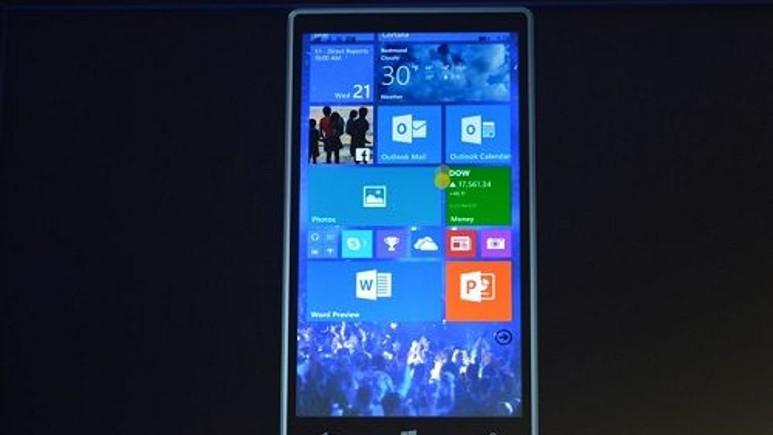 Windows 10, Lumia 1520 üzerinde görüntülendi