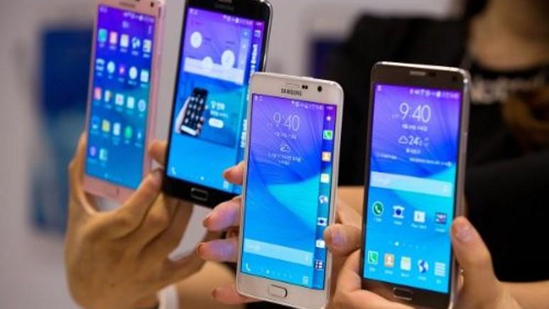 Samsung Galaxy S6'nın üç tarafı kavisli versiyonu mu geliyor?