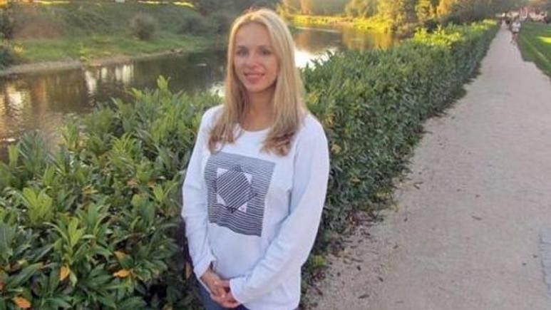 Küvetin içine düşen iPhone genç kadını öldürdü