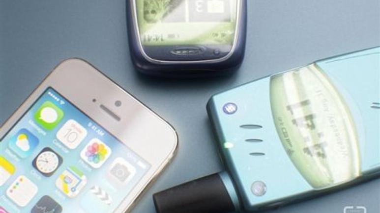 Nokia 3310 ve Ericsson T28S akıllı telefon olsaydı nasıl görünürdü?