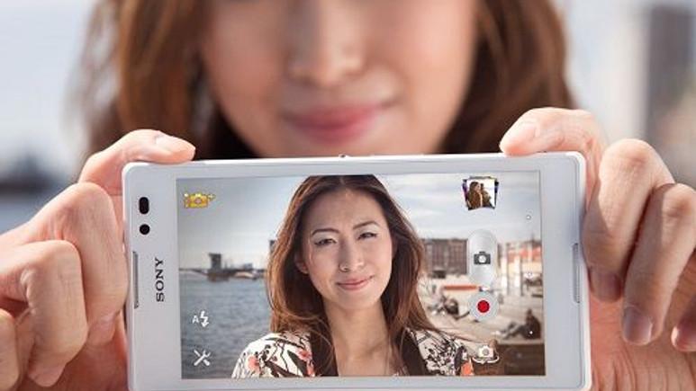 Sony'den yeni bir selfie telefon geliyor