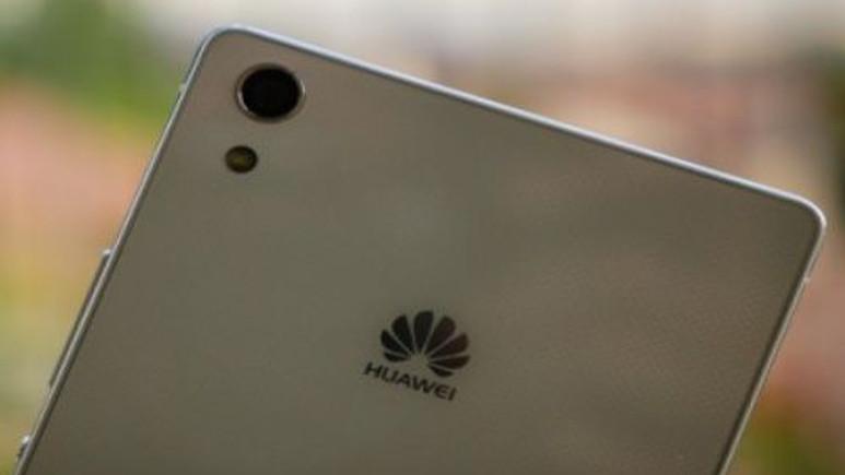 Huawei P8 güçlü cam ekranı ve gelişmiş kamera modülü ile geliyor!