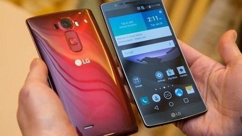 LG G Flex 2'nin fiyatı 549€'ya kadar geriledi
