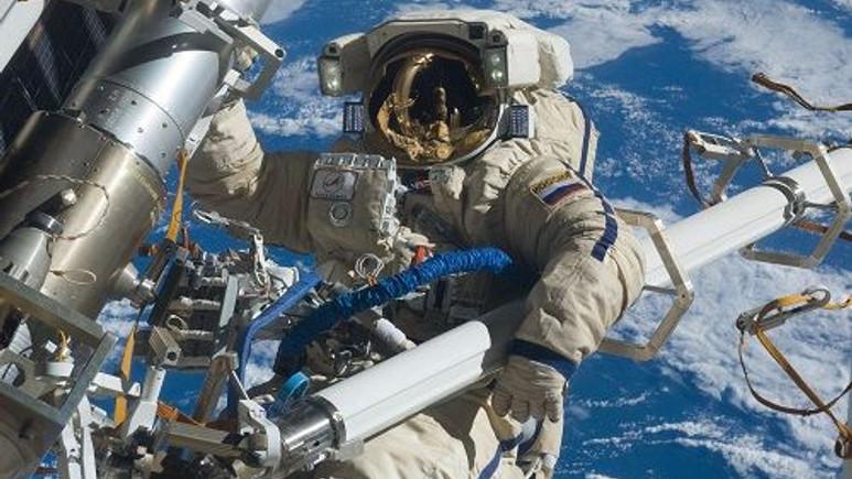 NASA, GoPro ile kaydedilen uzay yürüyüşü videolarını yayınladı