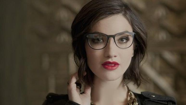Google, yeni nesil Google Glass için İtalyan gözlük deviyle ortaklık gerçekleştirecek
