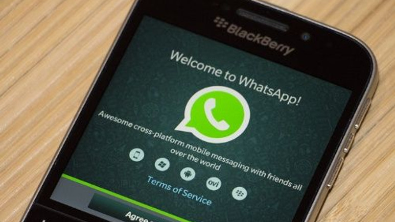 WhatsApp sesli arama özelliği BlackBerry'de!