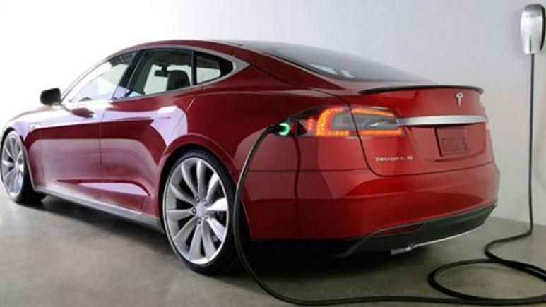 2020 yılına kadar yollarda olacak 15 elektrikli otomobil!