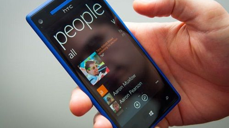 HTC 8X yakında Windows 10 Mobile Teknik Önizleme programına dahil edilecek
