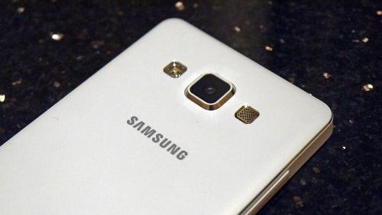 Samsung, Galaxy A8'de 16MP ISOCELL sensör kullanacak