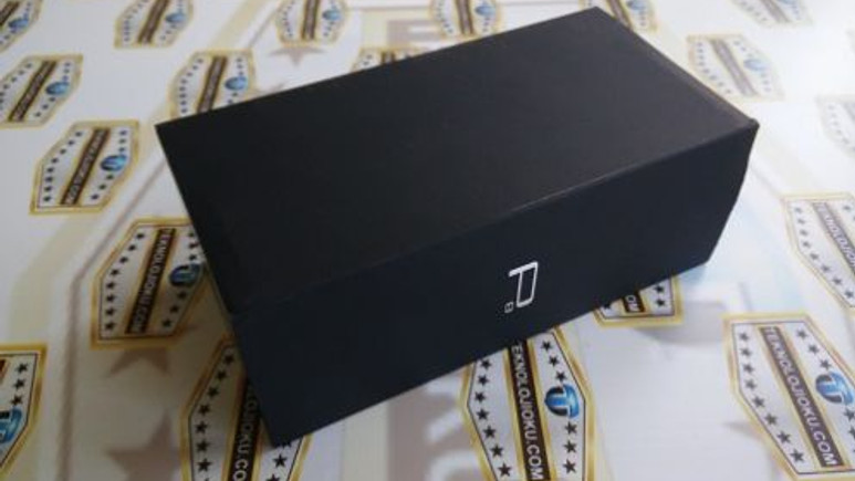 Huawei P8 Kutu Açılış Videosu