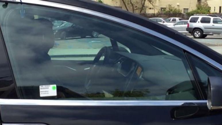 Tesla'nın yeni otomobili gizlice görüntülendi (Video)