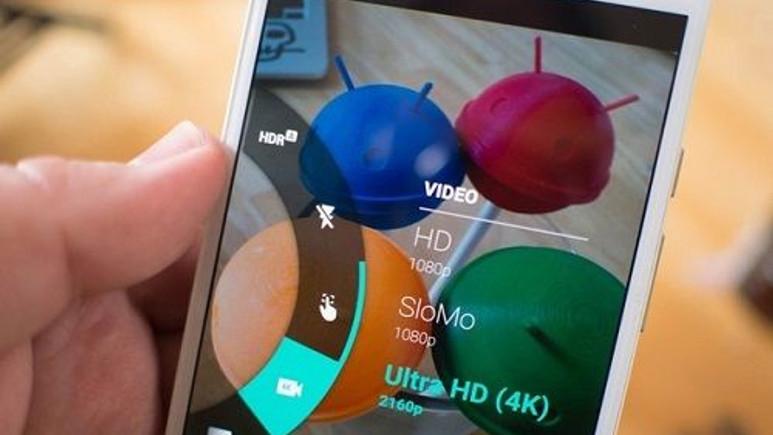 4K video kaydı gerçekleştiren 2015 model akıllı telefonlar