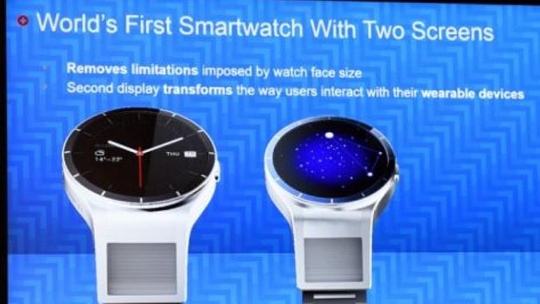 IFA 2015; Lenovo'dan çift ekranlı akıllı saat!