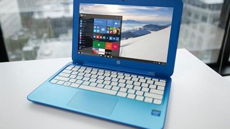 Windows 10 ilk büyük güncellemesini almaya başladı