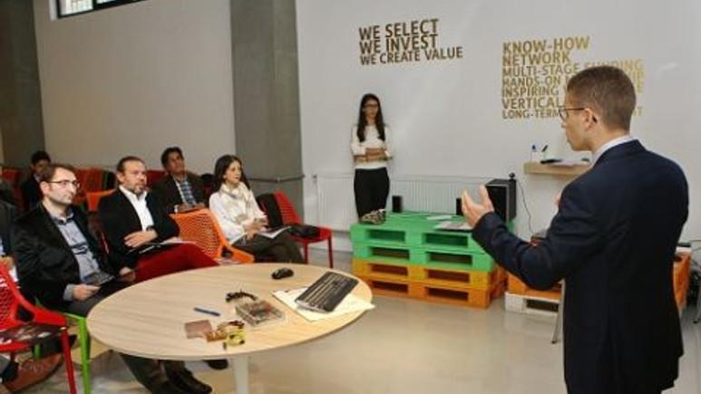 Başakşehir Living Lab'de İnovasyon yarışmasında final heyecanı