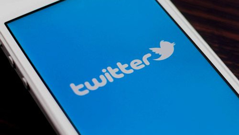 Twitter'da sticker dönemi