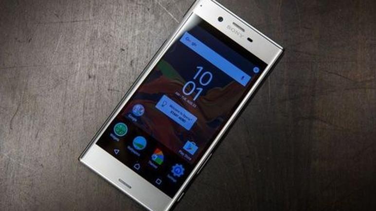 Sony Xperia XZ elimizde! İşte ön inceleme videosu!