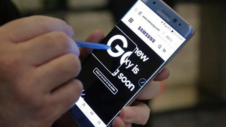 Galaxy Note 7 ile uçağa binene hapis şoku!