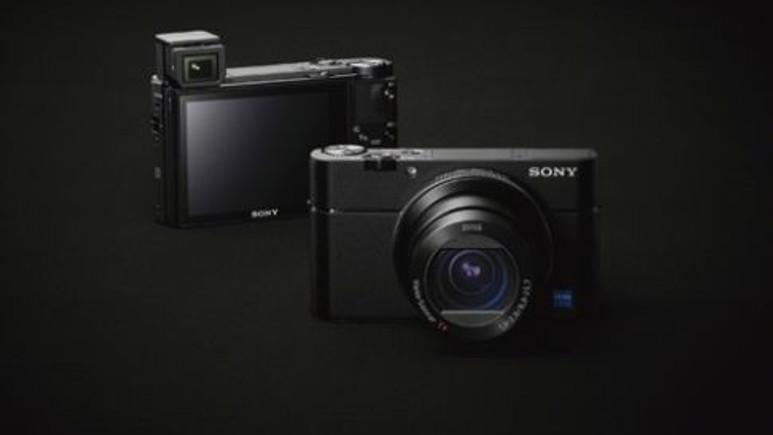 Sony, yeni fotoğraf makinesini tanıttı